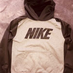 Boys dri-fit Nike pullover